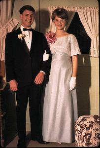19680601_linda_and_mike_pro2