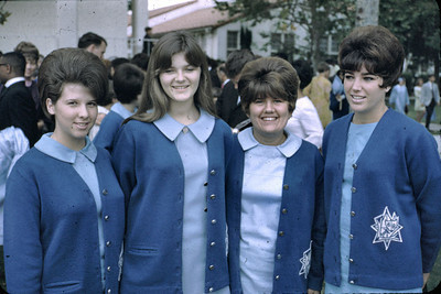 19680601_out_of_school_at_l