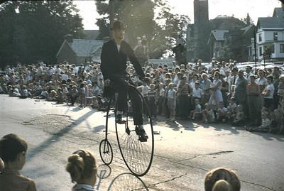19690704_parade_bike