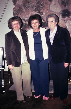 This is Pat, Grace Britz, and Aunt Mable Bogdon at Grace's house in Hemet.