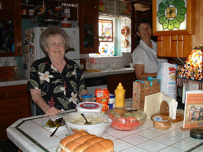 Mom and Linda get lunch ready to go