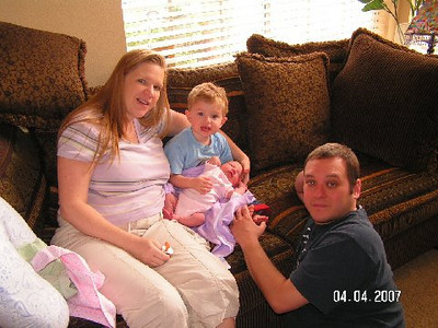 April 4_ 2007 Great grandparents and Auntie Linda visit Gracie 049.jpg