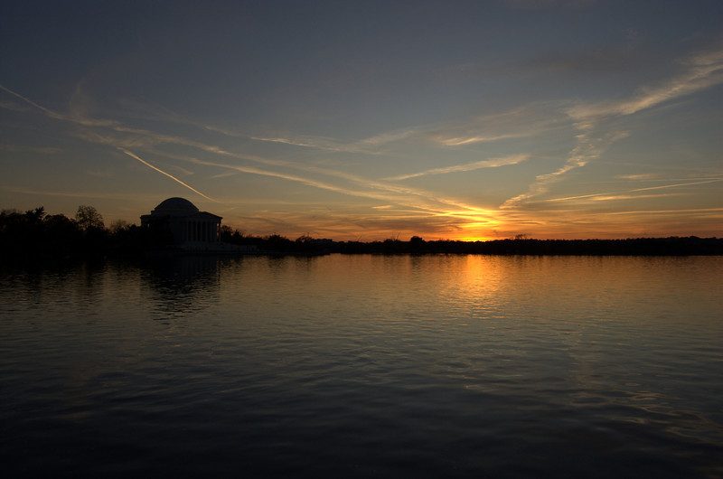 Sunset at the tidal basin (that building is the Thomas Jefferson Memorial)