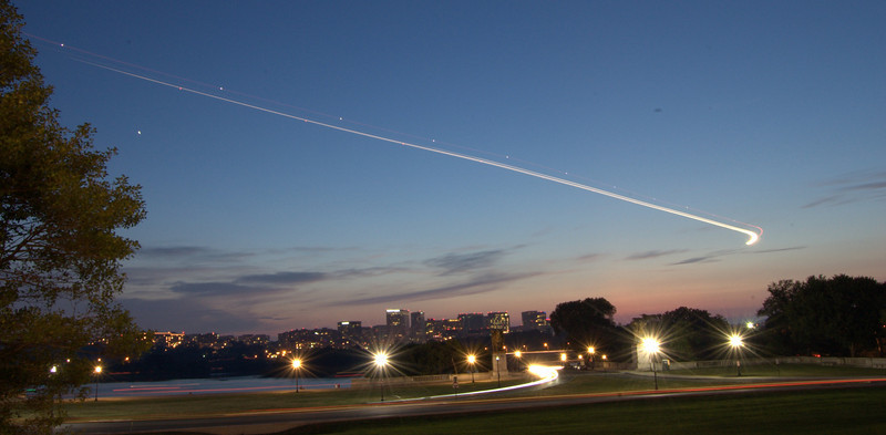 Plane coming in over the Potomac
