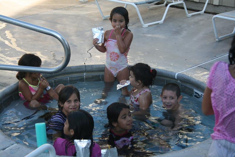 Alondra and the neighborhood kids in the spa
