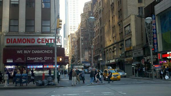 Diamond District - 6th Avenue / Avenue of the Americas
