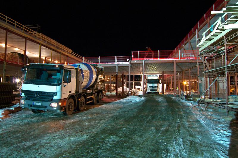 Construcion in dark wintertime II<br /> New hospital, Stokmarknes 2010-2014