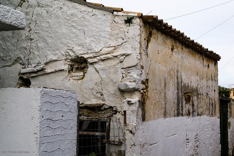 Battered walls - Galatas