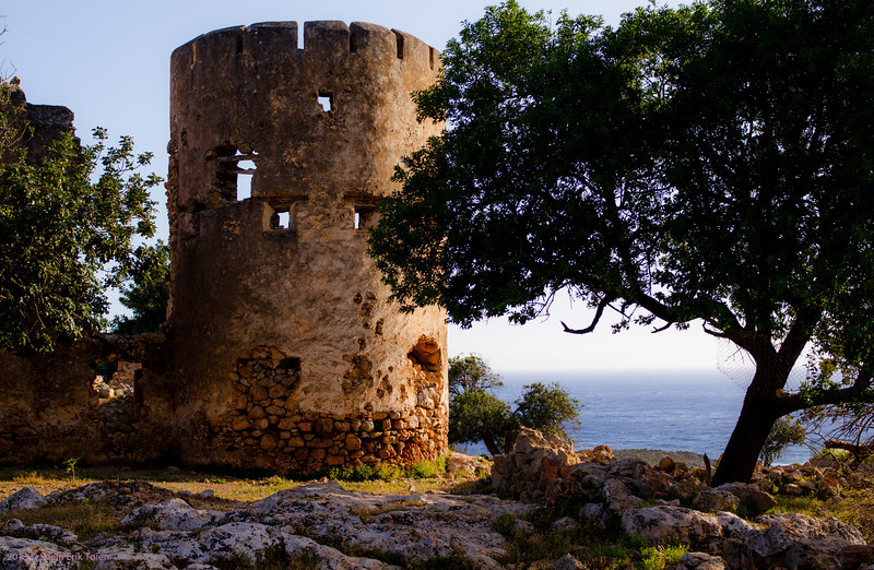 The old castle - by Loutro