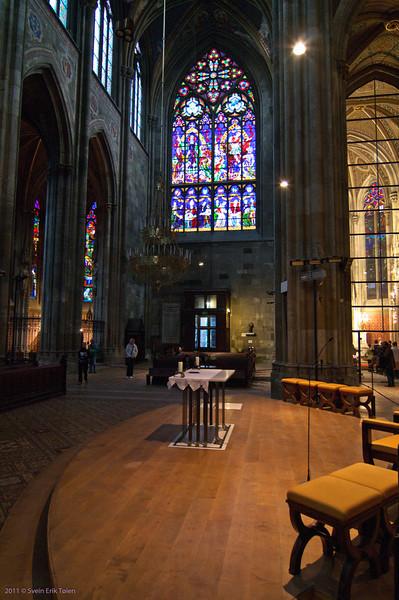 New interior elements in old church<br /> Votivkirche