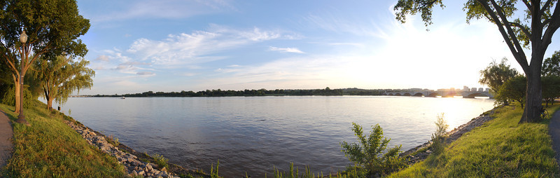 """Panorama of the Potomac River, just behind the Lincoln Memorial.<br /> View the full version here: <a href=""""http://photos.kevinworkman.com/Pictures/2011/i-spgngHD/0/O/PotomacRiverPanorama.jpg"""">http://photos.kevinworkman.com/Pictures/2011/i-spgngHD/0/O/PotomacRiverPanorama.jpg</a>"""