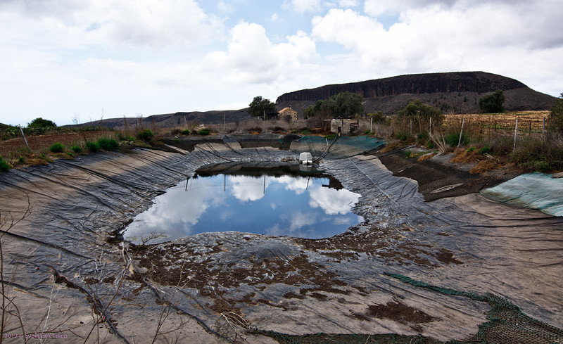 Drying out<br /> Water basin, Puerto Rico backlands