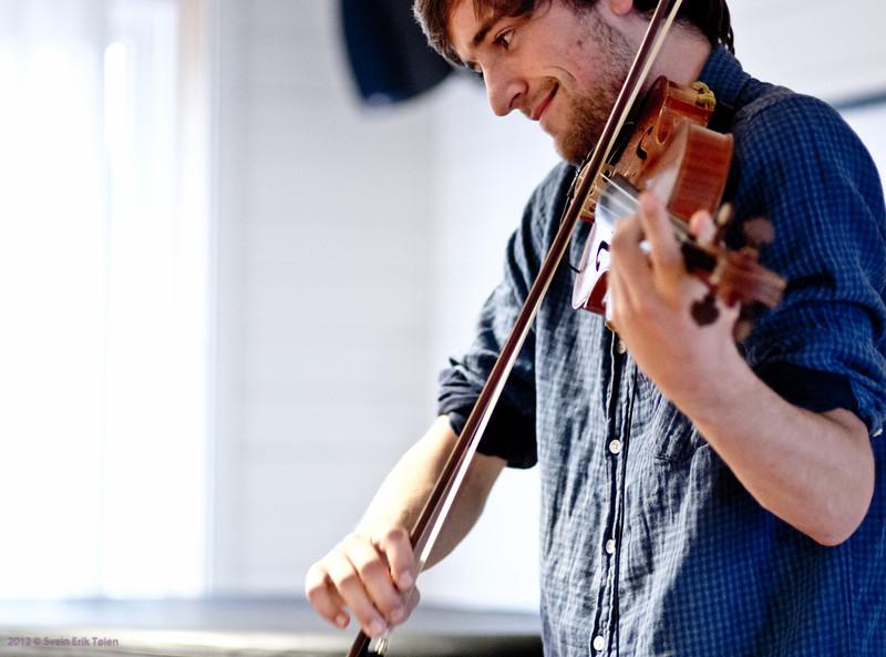 Toché string swing band - 2