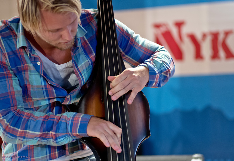 Toché string swing band - 3