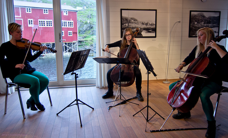 28. of july: Tine Surel with companions at Nyksund Brygge - 1