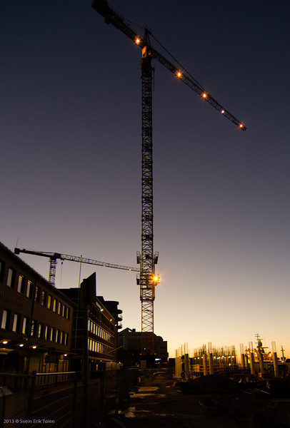 Dusk and cranes<br /> New Rica hotel, Bodø harbour 2013