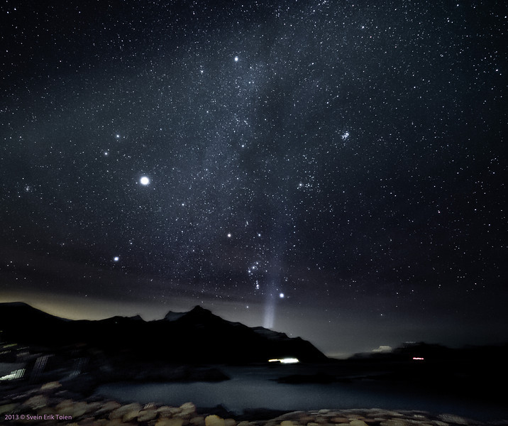 Starscape over Prestfjorden, from Nyksund. Sigma 8-16mm @ 8mm, Stack of 10 images