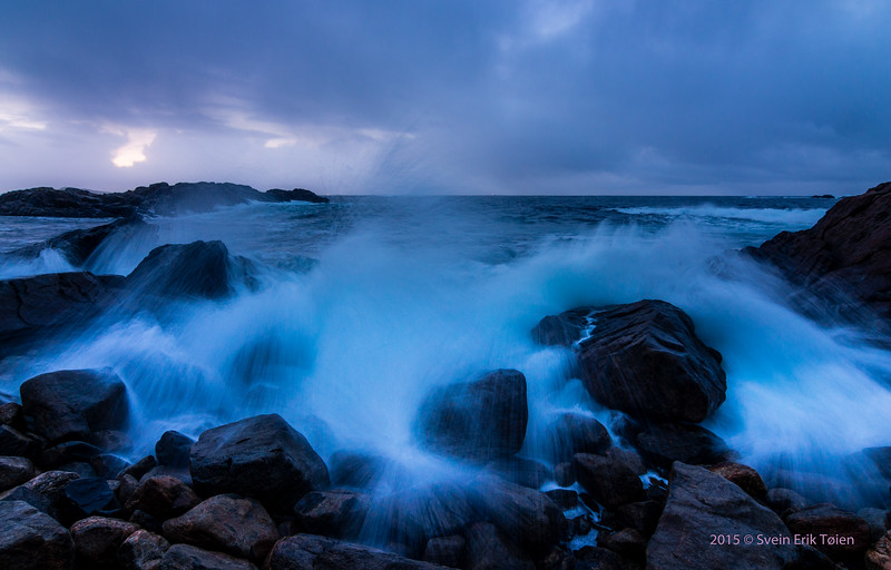 Breakers and cliffs, Rødnesset by Nyksund