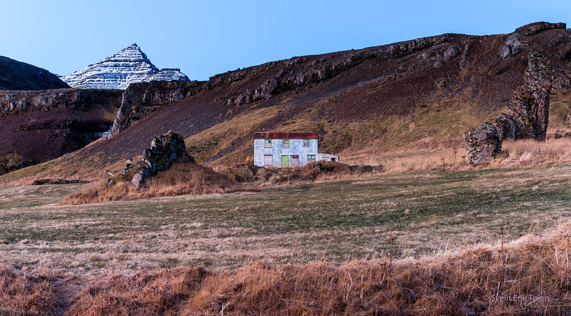 House under the mountain