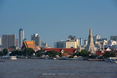 Wat Arun, Wat Kalayanamitr & Chao Phraya River view from 342 Bar, Baan Wanglung Riverside