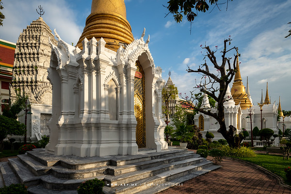Royal Cemetery, Wat Ratchabophit
