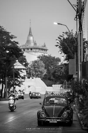 A Volkswagen on Phra Sumen Road