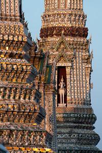 Wat Arun Ratchawararam (The Temple of Dawn)