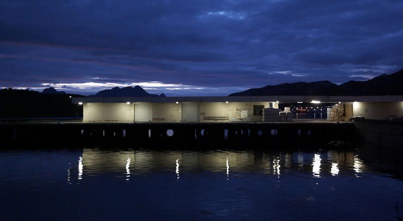 Still night at the pier