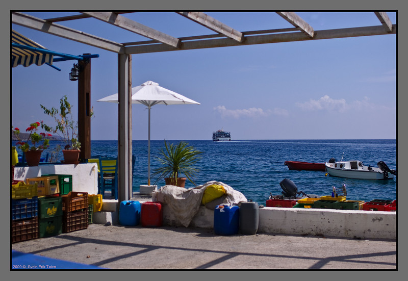Terrace with a wiew - Daskalogiannis leaving for Sfakia