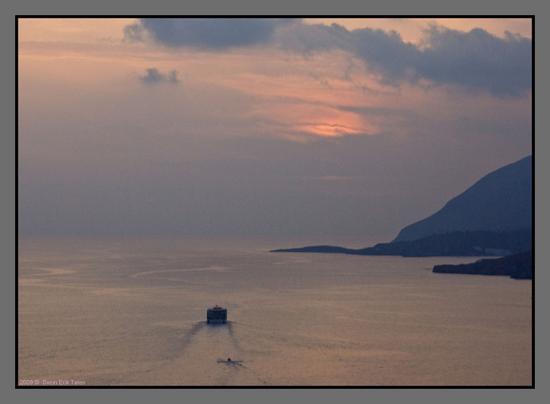 Daskalogiannis leaving for Loutro and its night rest