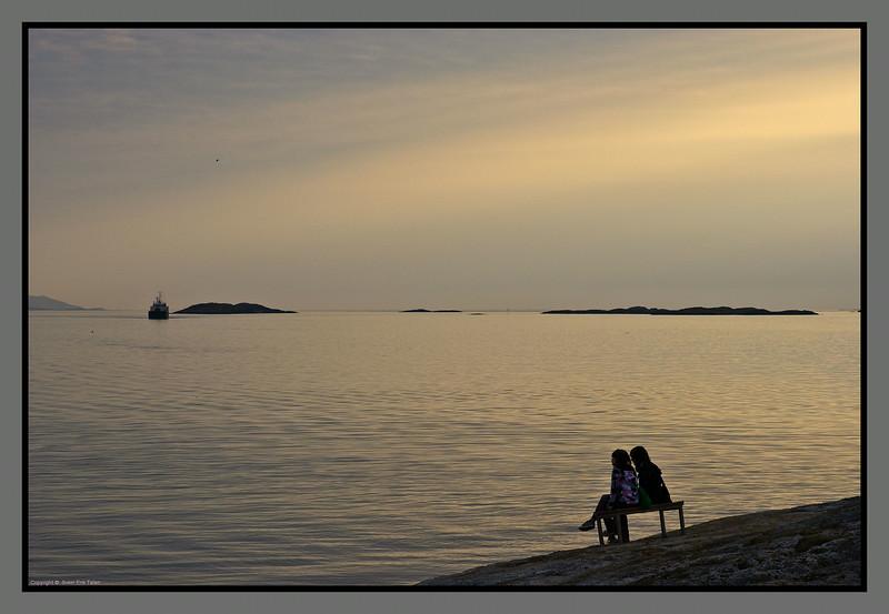 Still night by the fjord<br /> Byfjorden, Bodø