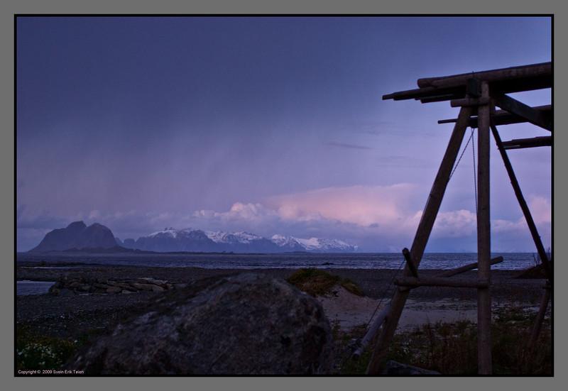 Showers at dusk <br /> Lofoten seen from Værøy