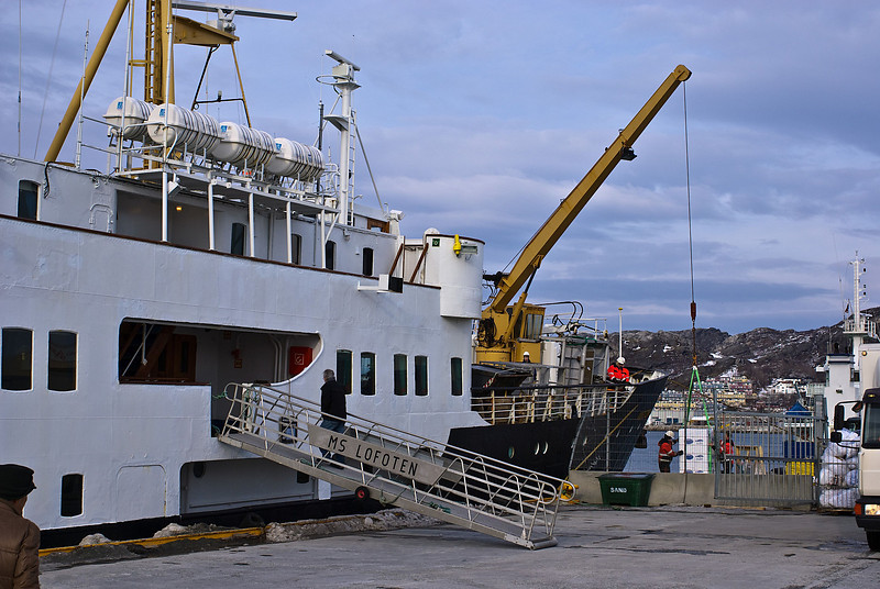 Take on<br /> Old Hurtigrute MS Lofoten loading freight and passangers in Bodø