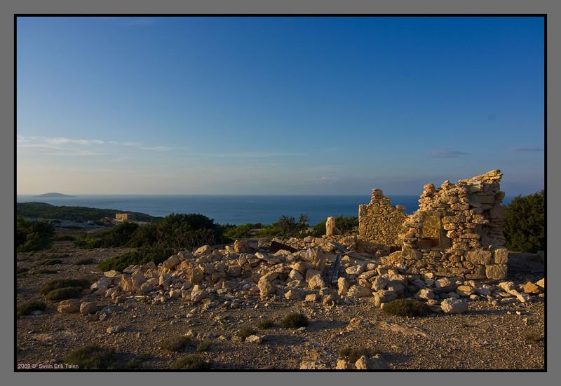 Hilltop ruin - above Fetife