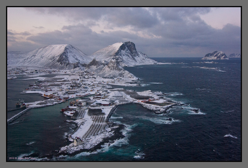 Winter Island<br /> Approaching Værøy by helicopter