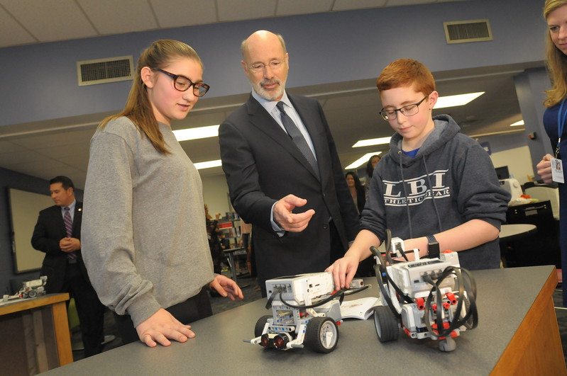 Governor Wolf visits Colonial Middle School to speak on standardized PSSA testing reduction December 6, 2017. Gene Walsh — Digital First Media