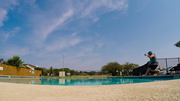 pool TLV