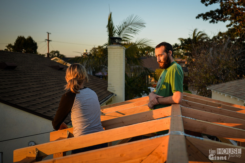 Taking tips from Justin... wait, what?  Read more here: http://tinyhousegiantjourney.com/2013/11/15/strapping-the-roof-bbbbq-8/ Follow us here: www.facebook.com/tinyhousegiantjourney