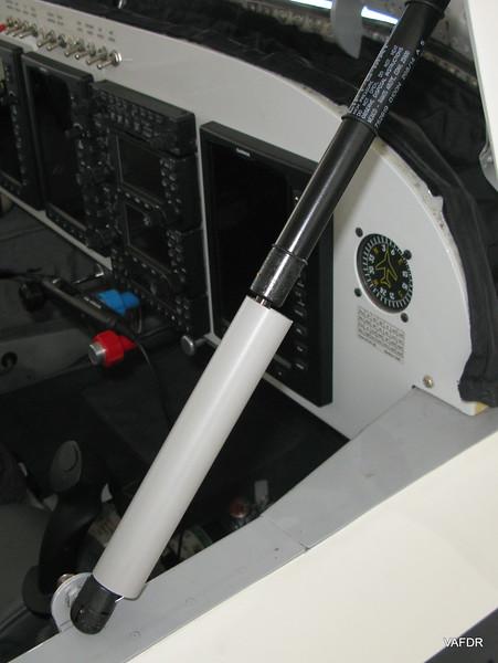 Tip Up Canopy Strut Brace