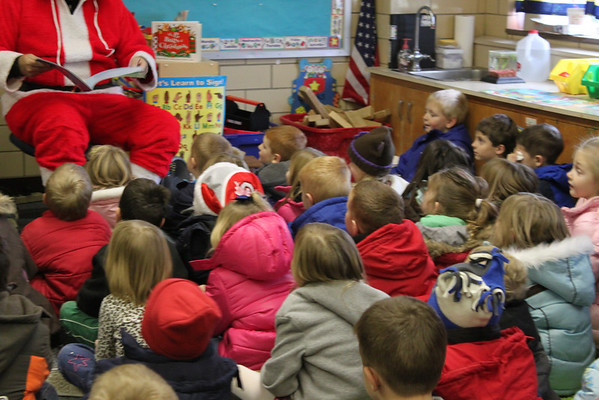 Santa reads to Nevin Coppock students 12-2011