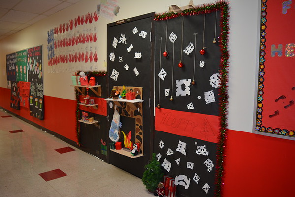 Holiday Door Decorating at TMS