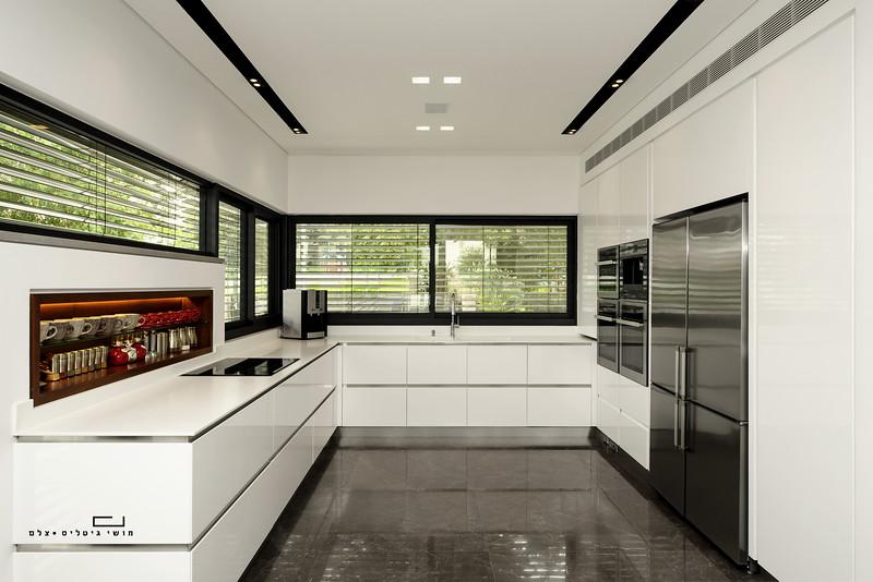 בית ברעננה. אדריכלות: רון אביב אדריכלים