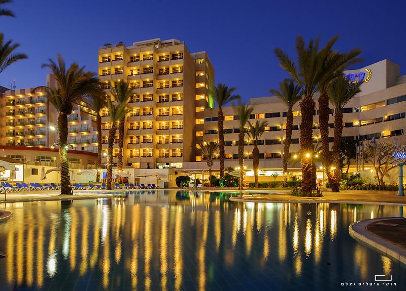 בריכה במלון קיסר אילת. צולם עבור רשת מלונות קיסר
