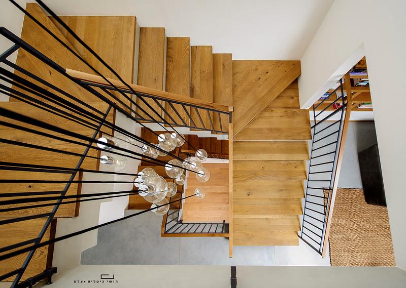 בית בהוד השרון. אדריכלות: איילת שמש, נגרות: מוטי לטי, בטון: פלס בטון