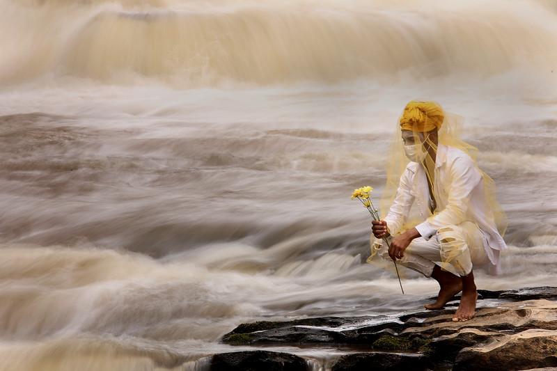 24-Meditating Oxum