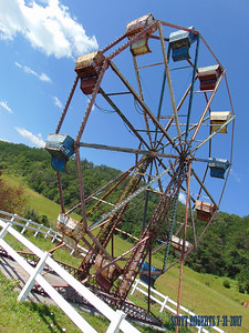 I bet once in its lifetime, this Ferris Wheel brought a lot of joy to many people at various festivals and fairs, but now it is retired to just living out its days at this retirement home for Ferris Wheels.