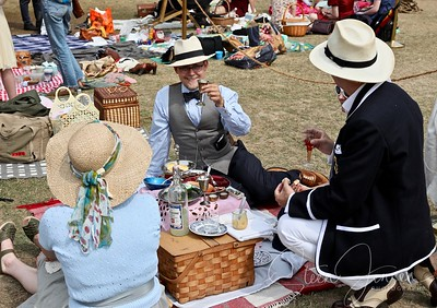 Tivoli; Copenhagen; Denmark; Vintage; Garden; Party;