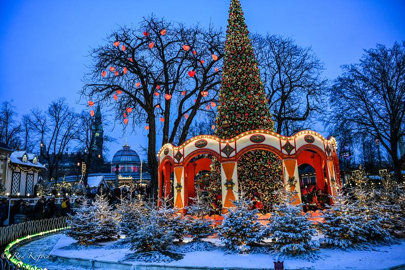 Julen er hjerternes fest...her har det ramt en trælmand