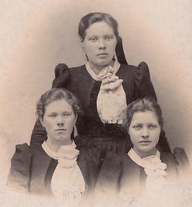 Anna-Þorbjörg-Þora