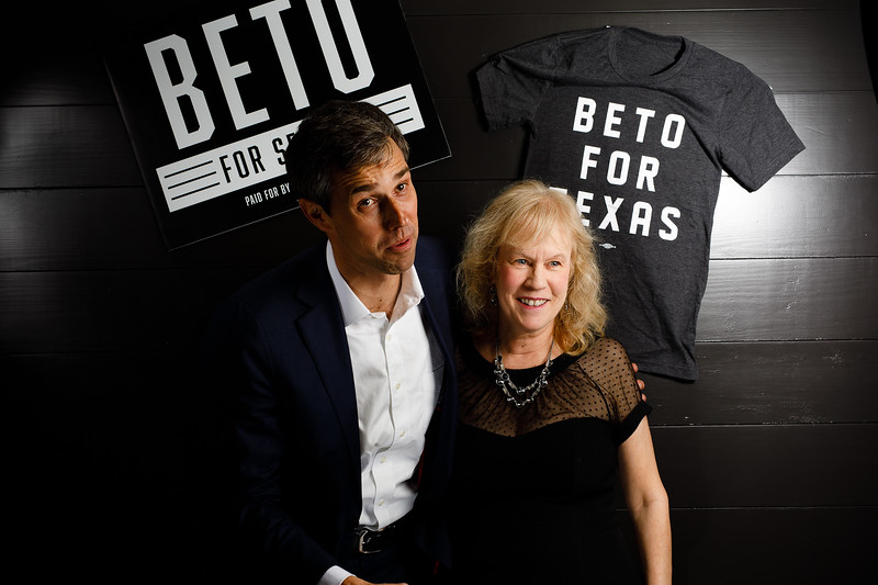 Supporters with 2018 US Senate hopeful Beto O'Roarke at a fundraiser in Austin, December 1, 2017.